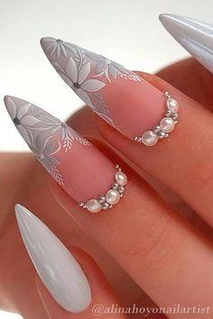 Black Acrylic Nails, Metallic Nails, Silver Nails, Stiletto Nail Art, Pearl Nail Art, Pearl Nails, Rhinestone Nails, Chic Nails, Glam Nails