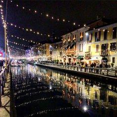 Christmas in Milan part 1  #milan #milano #milanodavedere #igersmilano #ig_milan #vivomilano #volgoitalia #christmas #christmastime #chritmaslights #lights #navigli #xmas #xmas2015 #christmas2015 #nataleinitalia #picoftheday #nightout #citylife #cityscape #photograph #photooftheday by mariachiarasparvoli