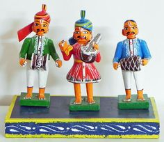 Musicians from India - Kondapalli Wooden Dolls from Andhra Pradesh