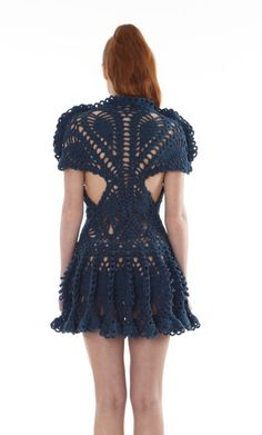 Love what Laura Theiss does with knitwear!