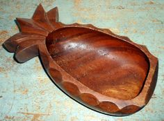 Vintage Bowl Pineapple Wood  Pineapple Dish Wood by TheBackShak, $17.00