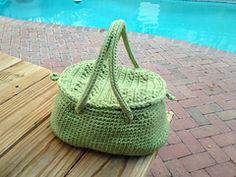 Ravelry: Basket Bag pattern by Pierrot (Gosyo Co., Ltd). Free pattern
