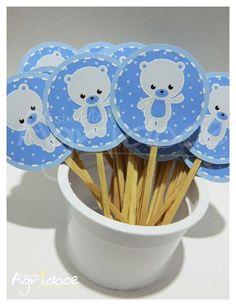Kit de toppers grandes de ursinho azul para decorar cupcakes e docinhos de festa. <br>Tamanho da arte: 5 cm. <br>Pronta entrega! Enviamos em até 3 dias úteis após confirmação de pagamento.