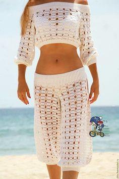 Fabulous Crochet a Little Black Crochet Dress Ideas. Georgeous Crochet a Little Black Crochet Dress Ideas. Crochet Pants, Black Crochet Dress, Crochet Skirts, Crochet Blouse, Crochet Clothes, Diy Clothes, Knit Crochet, Crochet Shorts Pattern, Crochet Outfits