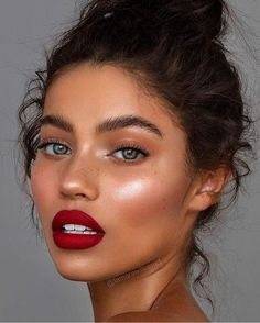 everyday makeup looks, natural makeup looks, no makeup makeup, affordable makeup. - Make up Glam Makeup, Makeup Inspo, Makeup Ideas, Makeup Glowy, Drugstore Makeup, Red Lipstick Makeup, Makeup Hacks, Sephora Makeup, Red Lips Makeup Look