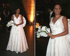 Marina Morena em vestido com pregas do estilista André Lima, criado para seu casamento com o maquiador e fotógrafo Fernando Torquatto, em 2008.