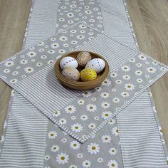 Tablecloths, Bread, Food, Table Toppers, Table Covers, Brot, Essen, Table Clothes, Baking