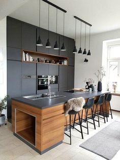 Wohnen im Winter: Die schönsten Wohn- und Dekoideen aus dem Januar   SoLebIch.de Foto: villa lena #solebich #küche #ideen #streichen #wandgestaltung #skandinavisch #ordnung #offene #einrichtung #gestalten #arbeitsplatte #dekoration #renovieren #insel #kitchen #interior #interiorideas #schwarz #modern