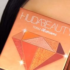 Huda Beauty orange sunset eyeshadow tutorial - Das schönste Make-up Makeup 101, Makeup Goals, Skin Makeup, Makeup Inspo, Makeup Eyeshadow, Makeup Cosmetics, Makeup Inspiration, Eyeshadow Palette, Makeup Hacks