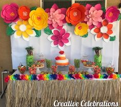 I am loving this theme ❤️❤️ we are now booking for June! I would love to create a beautiful table… Aloha Party, Hawaiian Luau Party, Hawaiian Birthday, Luau Birthday, Tropical Party, 1st Birthday Parties, Beach Party, Hawaiian Leis, Moana Theme Birthday