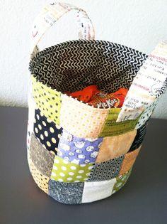 cute tutorial for mini charm pack or scraps