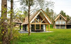 Leuke Landal met kinderen: PUUR Exloo Al Green, Bungalows, Bed And Breakfast, Glamping, Land, Cottage, House Styles, Places, Nature