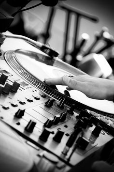 DJ ... EDM loveeeee #musicismylife