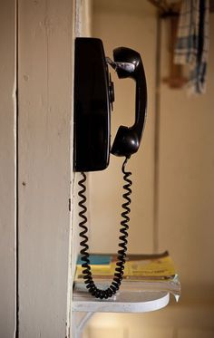 I wish I had my Grandma's old phone. :(