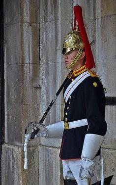 Royal Horse Guard, London, England by pedro lastra