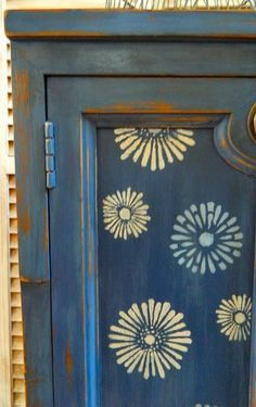 Furniture door in Annie Sloan Chalk Paint™ in Napoleonic Blue.