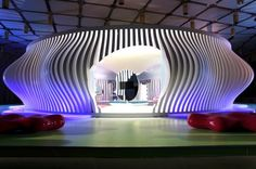 Komb House - a super colorful showcase of the most cutting edge eco-technologies available. Fusing traditional Islamic design principles with contemporary sustainable design, including the use of renewable energy sources and energy efficient appliances