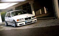 White BMW e36 touring on replica BBS RS wheels
