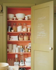 I want to paint the inside of ALL my closet some random bright color! Stay Organized and Chalk It Up!