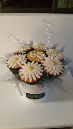 Margriet cupcake boeket Nel Vogel