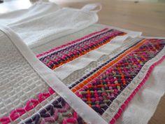 ÄRRIPURRI: joulukuuta 2013 Beaded Embroidery, Hand Embroidery, Swedish Weaving, Diy And Crafts, Quilts, Blanket, Crochet, Koti, Waffle