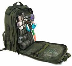 Medical Bag I Need Med Like This It Has About Everything You To Help Survive In A Extreme Emergency