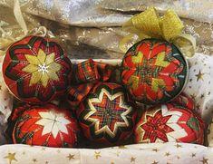 Luxury ribbon Christmas Baubles, Baby Shop, Crochet Baby, Ribbon, Halloween, Luxury, Handmade, Tape, Christmas Ornaments