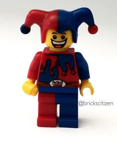 Minifigure of the day! This is one variant of the Jester from the Fantasy Era Castle theme. The difference in this Jester is that he does not have a switch face. The Jester in Drawbridge Defense(7079) had a sad face on the back of his head. The one in the picture came in the Castle Advent Calendar.  #Lego #legojester #legocastle #minifigure #legostagram #legogram #instalego #legophotography #brickscitizen by brickscitizen