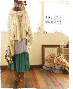 ひらひら揺れる、  ゆったりとしたレイヤーフレアが特徴的なAラインスカート