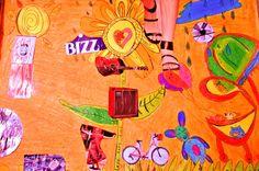"""Oficina de Pop Art para crianças.  """"Para  aguçar os sentidos e a criatividade das crianças, e ao mesmo tempo transmitir novos aprendizados a autora Angélica Rizzi criou a Oficina de Pop Art para crianças. Com esse trabalho em mãos, as crianças poderão se expressar, brincar e pesquisar mais sobre essa arte cuja influência maior veio da cultura de massa e da publicidade com recortes de revistas, jornais, cola, tesoura sem ponta reproduzindo no papel a técnica da pop art."""