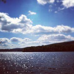 «#vacances #crêpe au bord de l'eau (pas eu le temps de photographier la crêpe, reste l'eau!)»