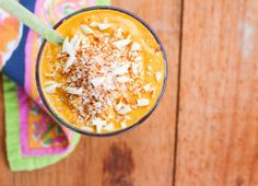 Carrot Cake Smoothies// Loves Food, Loves to Eat