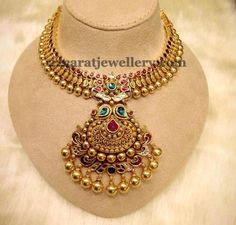 Jewellery Designs: Antique Finish Kundan Set 49gms