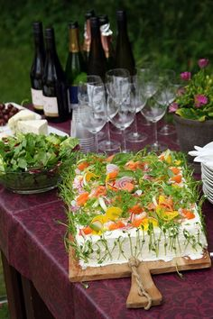 Cake Sandwich, Sandwiches, Appetizer Salads, Appetizer Recipes, Brunch Recipes, Summer Recipes, Danish Cuisine, Party Food Platters, Swedish Recipes