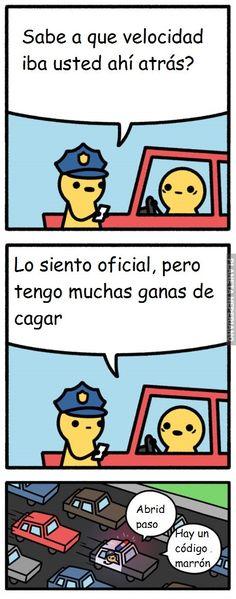 Ese policía si ayuda :v/