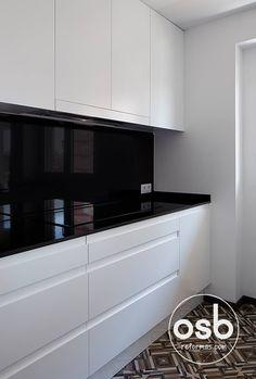 Grey Kitchen Designs, Kitchen Room Design, Home Room Design, Modern Kitchen Design, Living Room Kitchen, Home Decor Kitchen, Interior Design Kitchen, Luxury Kitchens, Home Kitchens