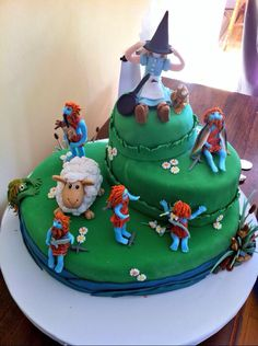 Discworld cake - not sure who created it but its great!!