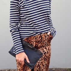Leopard print and stripes; it's the quirky combo that shouldn't work, but does. Just look to the style set who've teamed their feline pieces with sailor hoops to stylish effect. Estilo Fashion, Look Fashion, Ideias Fashion, Womens Fashion, Mode Style, Style Me, Sequins And Stripes, Navy Stripes, Casual Look