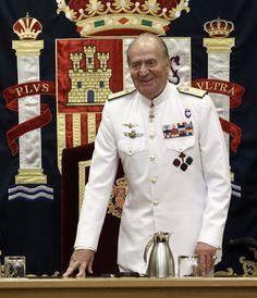 SPAIN: El Rey, sobre su estado de salud: 'Estoy bien, es un asunto de tornillos'