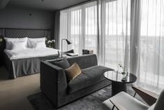5 sterne hoteleingang The post 5 Star Hotel Entrance 5 Sterne Hoteleingang appeared first on Lori& Decoration Lab. Most Comfortable Bed, Comfy Bed, Hotel Lounge, Hotel Suites, Hotel Stockholm, Stockholm Sweden, Stockholm Apartment, Six Hotel, Superior Room