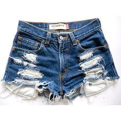 Todos mis looks con Shorts en el Blog... http://www.lemaniqui.com/i-love-shorts/