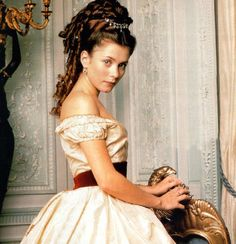 Anna Friel as Bella Wilfer inOur Mutual Friend (TV Mini-Series, 1998).