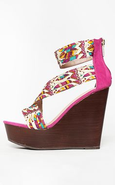 Wooden wedges with feather print straps, bright and colorful!  | MakeMeChic.com