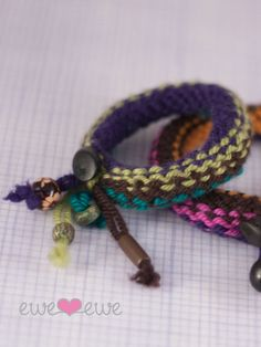 Little siblings would like these for cheap christmas idea! Knitship Bracelets FREE Knitting Pattern