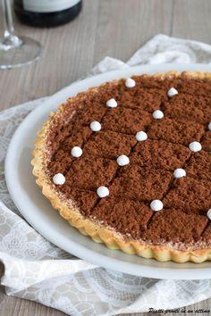 La crostata al tiramisù è un dolce gustoso e molto semplice da preparare; è ideale da preparare in mille diverse occasioni.