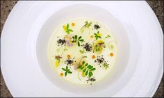 Wuttisak Wuttiamporn - L'art de dresser et présenter une assiette comme un chef de la gastronomie... > http://visionsgourmandes.com > http://www.facebook.com/VisionsGourmandes . Vous aimez Visions Gourmandes ? Alors participez en partageant cette photo ! ;) #gastronomie #gastronomy #chef #presentation #presenter #decorer #plating #recette #food #dressage #assiette #artculinaire #culinaryart
