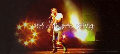 (gif) Chris Martin Coldplay, Concert, Concerts
