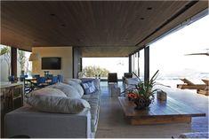 casa com forro de madeira plano