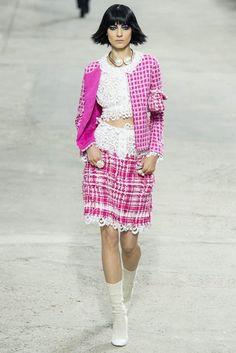 FASHION PEOPLE | Неделя Моды в Париже: коллекция Chanel весна-лето 2014