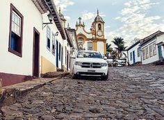 O sobe e desce entre os casarios coloniais é bom para queimar as calorias adquiridas durante a temporada na cidade histórica mineira (Foto: Lufe Gomes / Editora Globo)